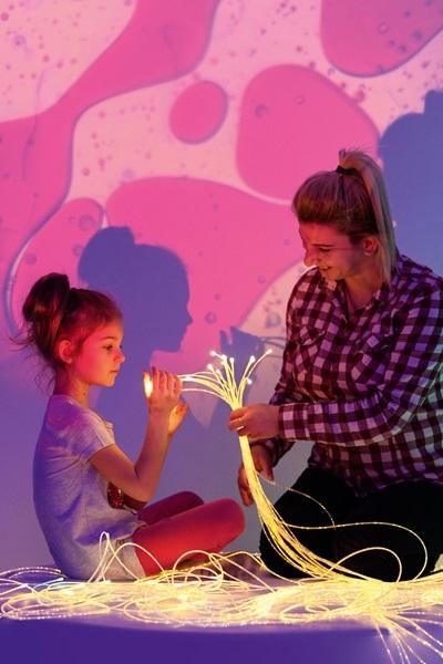 Zajęcia integracji sensorycznej z wykorzystaniem światłowodów